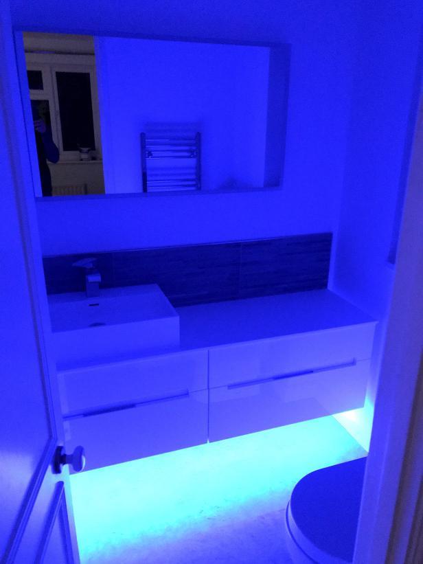 ensuite bathroom led lights